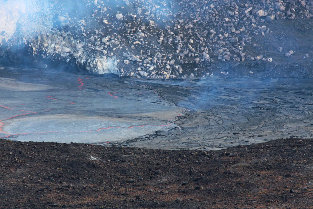 Lava in Kilauea crater, Hawaiioverflow